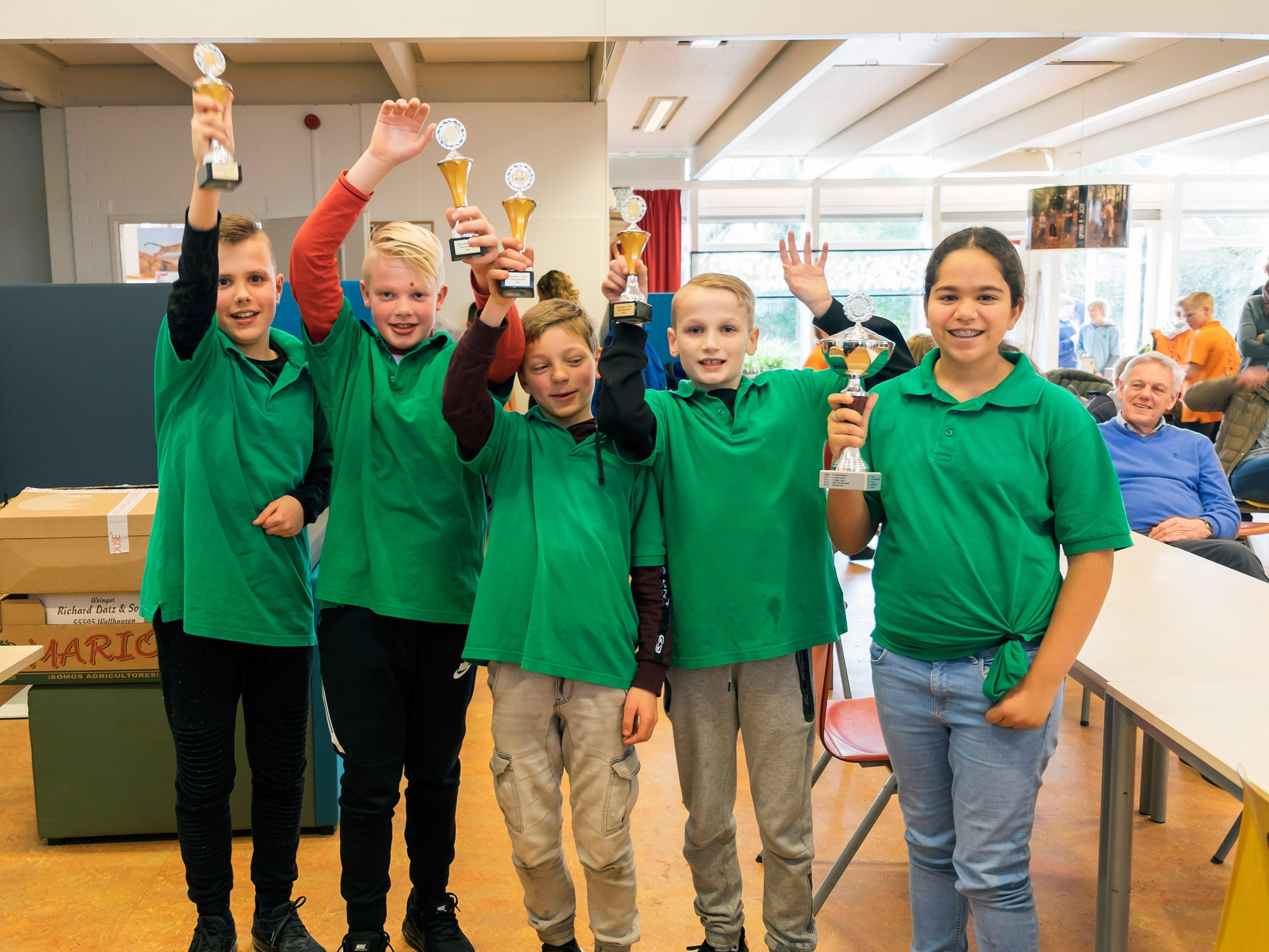 Het winnende team van de Gildeschool (foto Bert Hanekamp)